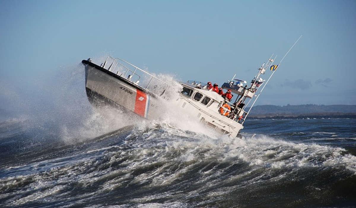 Kettungsboot auf dem Meer