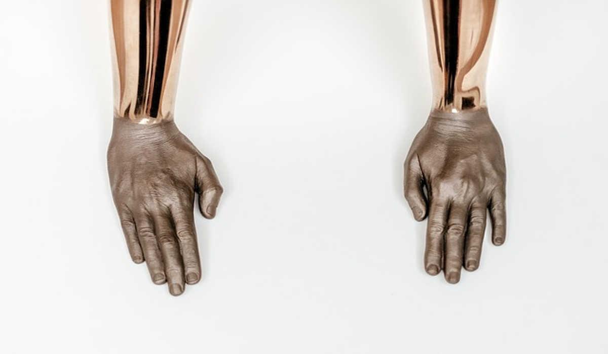 Fake Hände